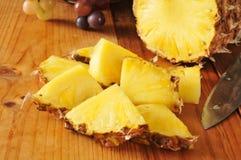 Ananas de tranche Photos libres de droits