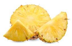 Ananas della fetta isolato sul percorso di ritaglio bianco fotografie stock libere da diritti