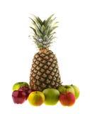 Ananas e mele fresche isolati Fotografie Stock