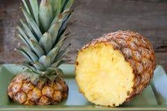 Ananas frais image libre de droits