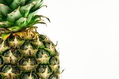 Ananas lokalisiert auf weißem Hintergrund Der rote Samen ist der Inhalt Stockfoto