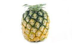 Ananas maturo isolato su bianco Immagine Stock