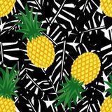 Ananas med den sömlösa modellen för svarta tropiska sidor royaltyfri illustrationer