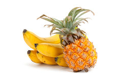 Ananas met bananen Royalty-vrije Stock Afbeeldingen