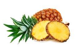 Ananas met geïsoleerde plakken Stock Afbeeldingen