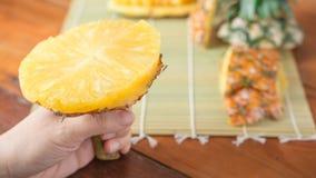 Ananas met plakken Royalty-vrije Stock Foto's