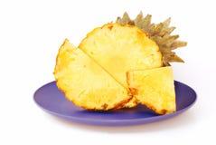 Ananas op een witte achtergrond Stock Afbeeldingen