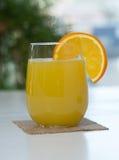 Ananas-orange Saft Stockbilder