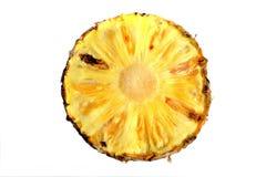 Ananas schnitt Nahaufnahmefotoisolat auf weißem Hintergrund Lizenzfreie Stockbilder