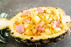 ananas stekte ris med skinka Fotografering för Bildbyråer