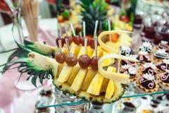 Ananas sulla tavola candybar Immagini Stock