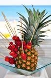 Ananas und Erdbeere Stockfoto