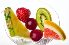 Frutta fresca in un vetro Fotografie Stock Libere da Diritti