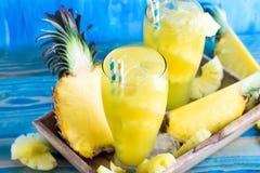 Ananasfruktsaft Arkivfoton