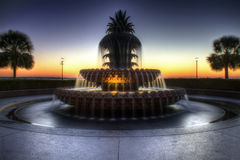 Ananasowa Fontanna, Nabrzeże Park, Charleston SC Fotografia Royalty Free