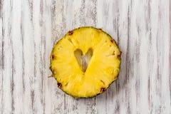 Ananasowa miłość Zdjęcia Stock