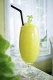 Ananasowy smoothie Zdjęcie Royalty Free