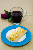 Ananastorte mit Kaffee Stockbilder
