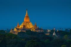 Ananda tempel. Platta till av Bagan Arkivbilder
