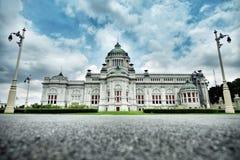 ananta大厅samakhom王位 免版税图库摄影