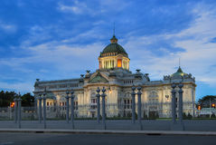 Ananta Samakhom Throne Hall at night, Bangkok, Thailand Stock Photo