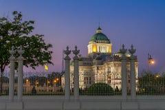 Ananta Samakhom Throne Hall is a royal reception hall with twilight sky. Ananta Samakhom Throne Hall is a royal reception hall within Dusit Palace in Bangkok Stock Images