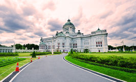 Ananta Samakom biskopsstol Hall Royaltyfri Fotografi
