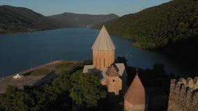 Ananuri复杂空中录影 Ananuri ffortress和zhinvali湖在乔治亚 股票录像