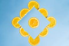 Anaranjado, fresco, jugoso, vegano, fruta, restaure, sano, salud, azul, amarilla, imagenes de archivo