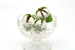 Anarkali dulce indio delicioso en un bol de vidrio Fotos de archivo libres de regalías