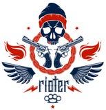 Anarquía y emblema o logotipo agresivo del caos con el cráneo travieso, las armas y diversos elementos del diseño, tatuaje del sc libre illustration