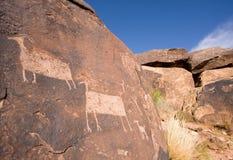 anasazi峡谷刻在岩石上的文字 库存图片