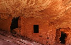 Anasazi Indian Flame House Ruins stock images