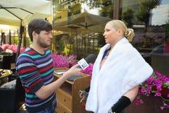 Anastasia Volochkova przeprowadza wywiad przy prezentacją Obraz Royalty Free