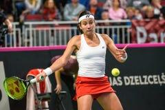 Anastasija Sevastova, durante jogo redondo do grupo II do mundo o primeiro entre a equipe Letónia e a equipe Eslováquia imagem de stock