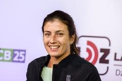 Anastasija Sevastova, durante la reunión pública con las fans de los medios y de tenis fotografía de archivo