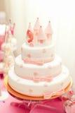 Anazing tort dla dziewczyny ` s urodziny Zdjęcie Royalty Free