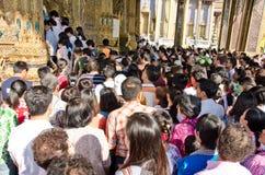 Anbetung des neuen Jahres in Thailand Stockbilder