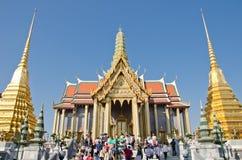 Anbetung des neuen Jahres in Thailand Lizenzfreies Stockbild