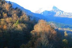Anboto mendia, Aramaio, Basque Country. View of Mount Anboto in autumn, from Krutzeta; Aramaio, Araba, Basque Country Stock Photos