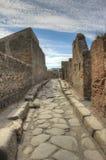Anchient gata i Pompeii Arkivfoto