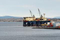 Anchored oil platform. In industrial park Royalty Free Stock Photography