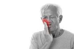 Ancião doente, dor de dente imagens de stock