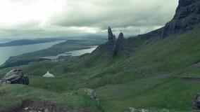 Ancião famoso do lugar de Storr em Escócia filme