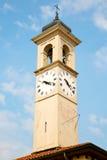 ancien在意大利欧洲老石头和响铃的塔 免版税库存图片