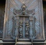 Ancien木雕刻的门 库存照片