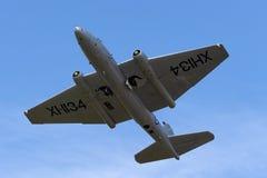 Anciennes RP électriques anglaises de Royal Air Force Canberra 9 avions de reconnaissance photographique G-OMHD ont fonctionné pa images stock