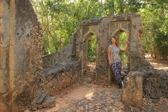 The ancient abandoned Arab city of Gede, near Malindi, Kenya. Classical Swahili architecture. They include a mosque, palace, houses and tombs as well as a fort stock image