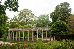 Ancient architecture in Monceau Park Royalty Free Stock Photos