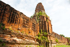 Ancient architecture from Prasat Nakhon Luang Stock Photos